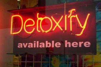 Smartphone addicted? Urge il detox digitale
