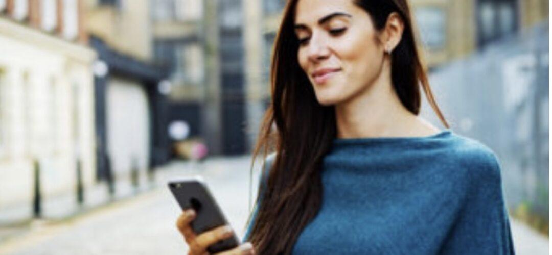 Relazioni: gli errori da non fare su Whatsapp spiegati dall'esperta di coppia